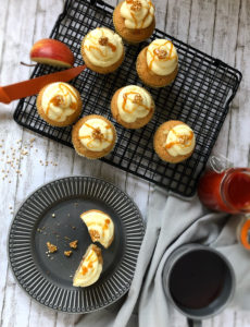 Read more about the article Apfel-Hagebutte-Cupcakes, glutenfrei