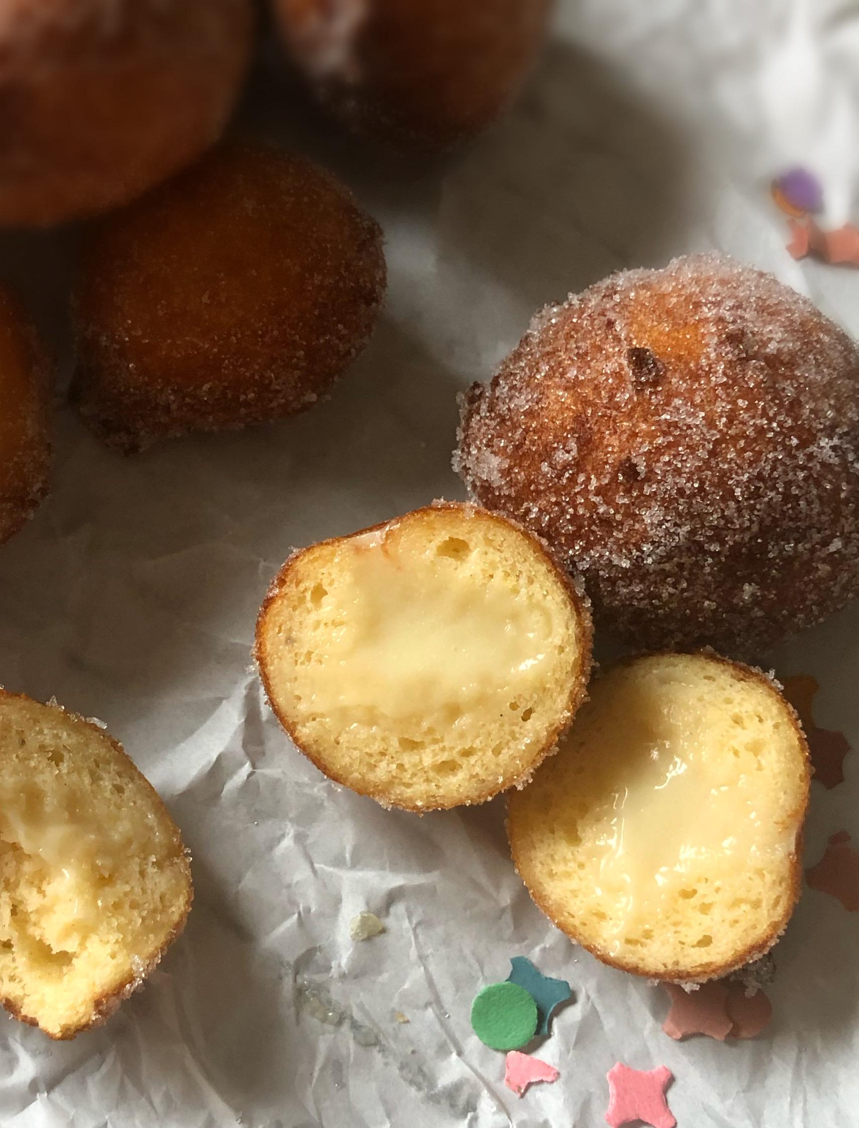 Quarkbällchen mit Puddingfüllung, glutenfrei